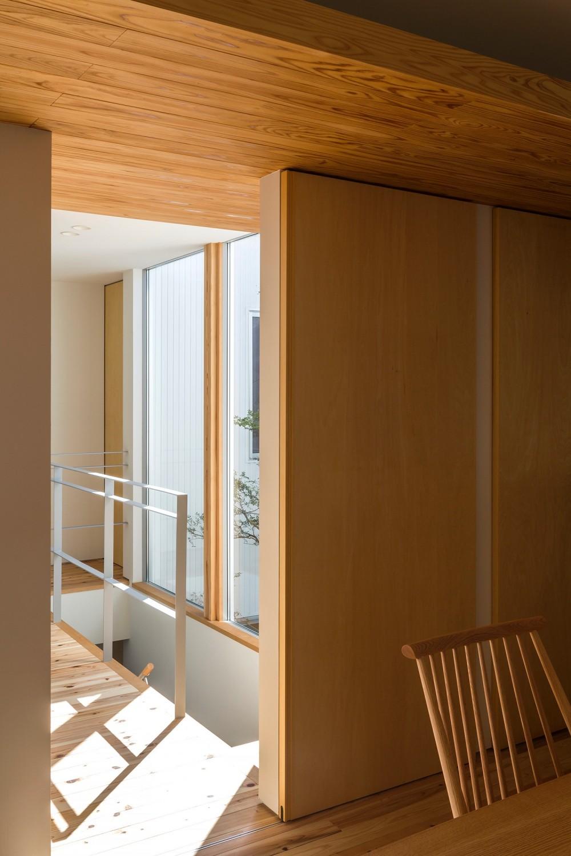 zubenelgenubi/囲われた2つの庭を立体的に多角的に眺められるかたちを考えてみる。 (廊下)