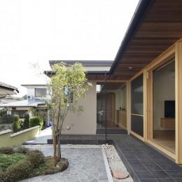 二宮の家 (中庭)