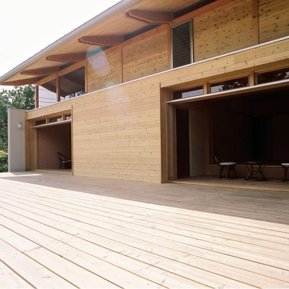 穏やかな時が流れる週末住宅 大室高原の別荘 (デッキ)