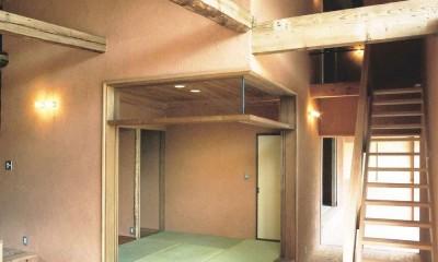 穏やかな時が流れる週末住宅 大室高原の別荘 (和室 階段)
