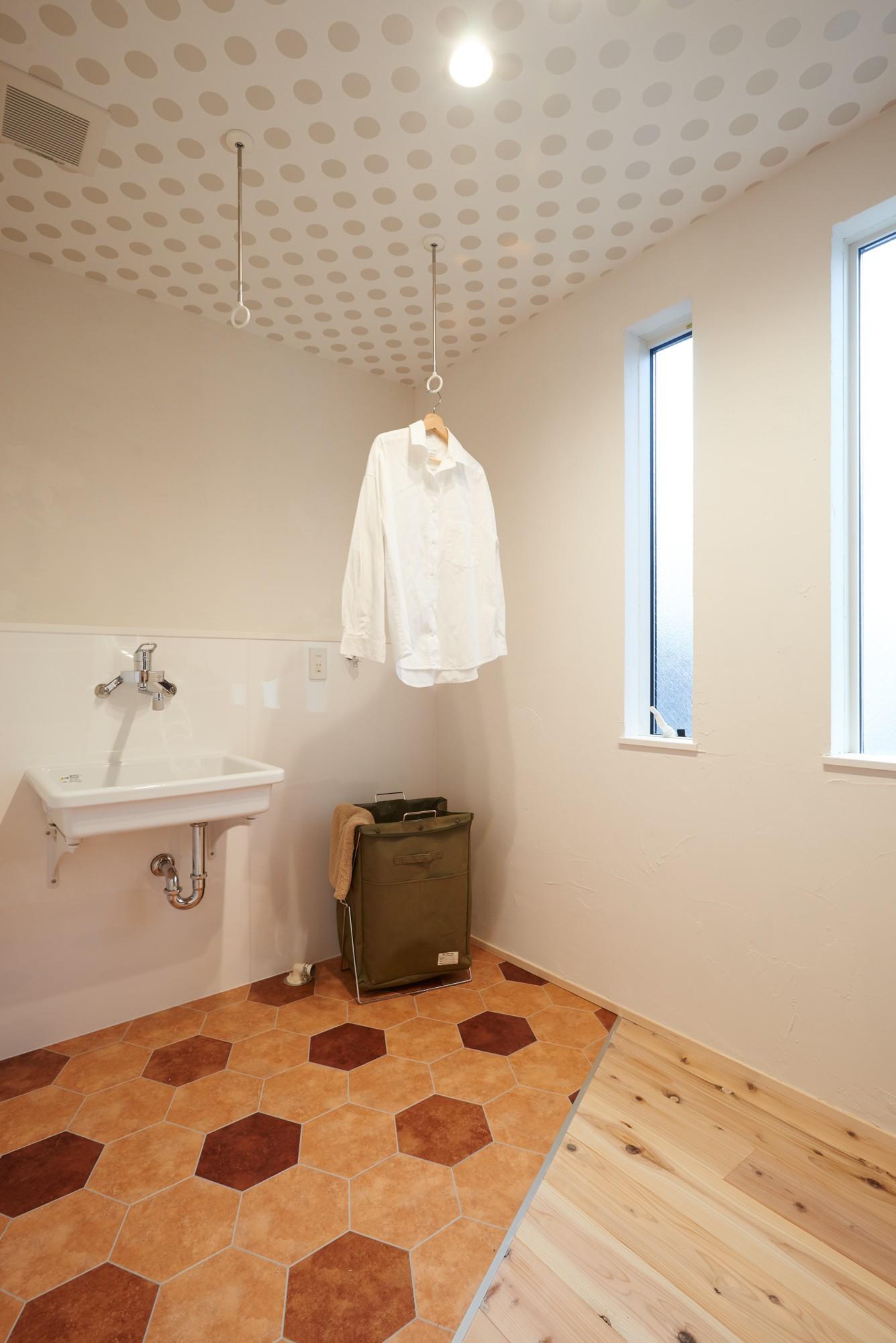 バス/トイレ事例:パウダールーム(ナチュラルで柔らかい空気感)