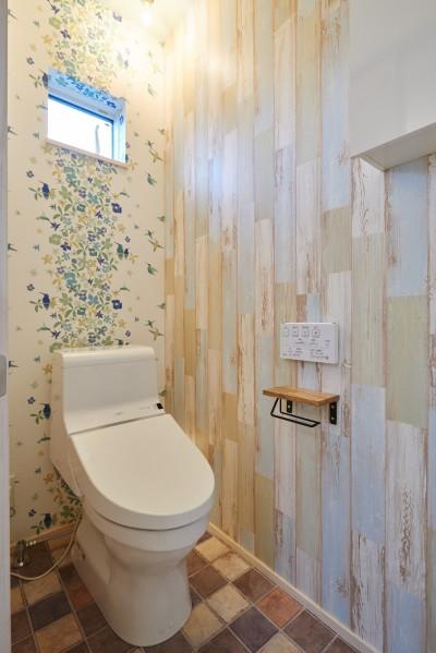 トイレ (ナチュラルで柔らかい空気感)