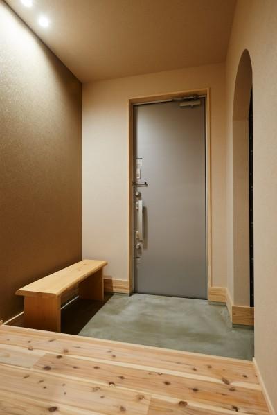 玄関 (ナチュラルで柔らかい空気感)