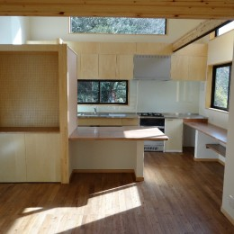 緑の中の家~自然の中で子供が伸び伸び育つ家~ (キッチン・ダイニング)