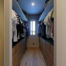 清武町の家~素材感を愉しむ家~の写真 ウォークインクローゼット