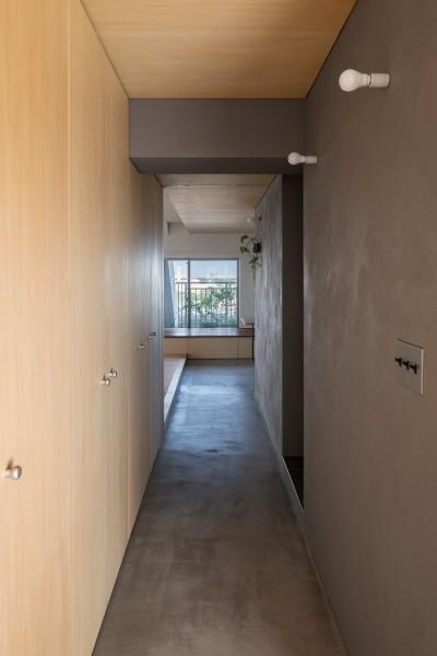 土間廊下 (通り土間の家)