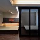 シックにまとまっているLDKに「和」の要素も入れながら落ち着きのある空間への写真 寝室
