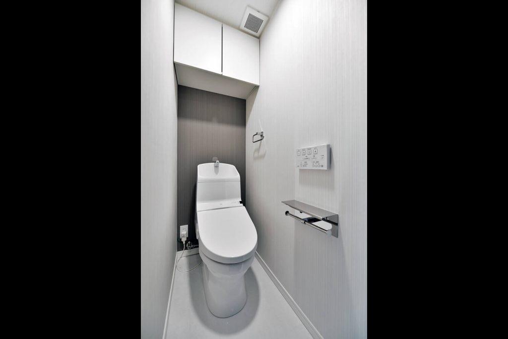 バス/トイレ事例:トイレ(シックにまとまっているLDKに「和」の要素も入れながら落ち着きのある空間へ)