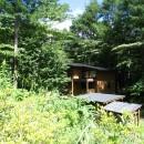 軽井沢の家~木々を一切切らずそのままの敷地を生かし、そこにそっと置いてあげたような住宅~の写真 軽井沢の家 外観2