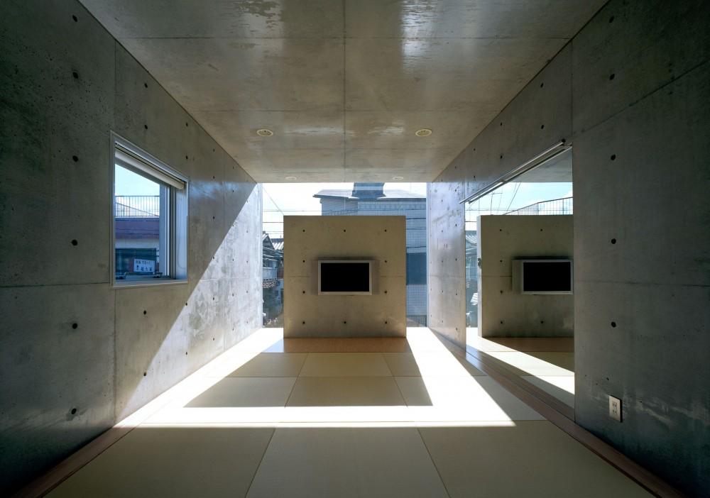 下町のコンクリートCUBE -コンクリート打ち放し- (2階和室)
