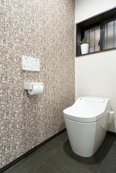 トイレ (隠れ家リビング)