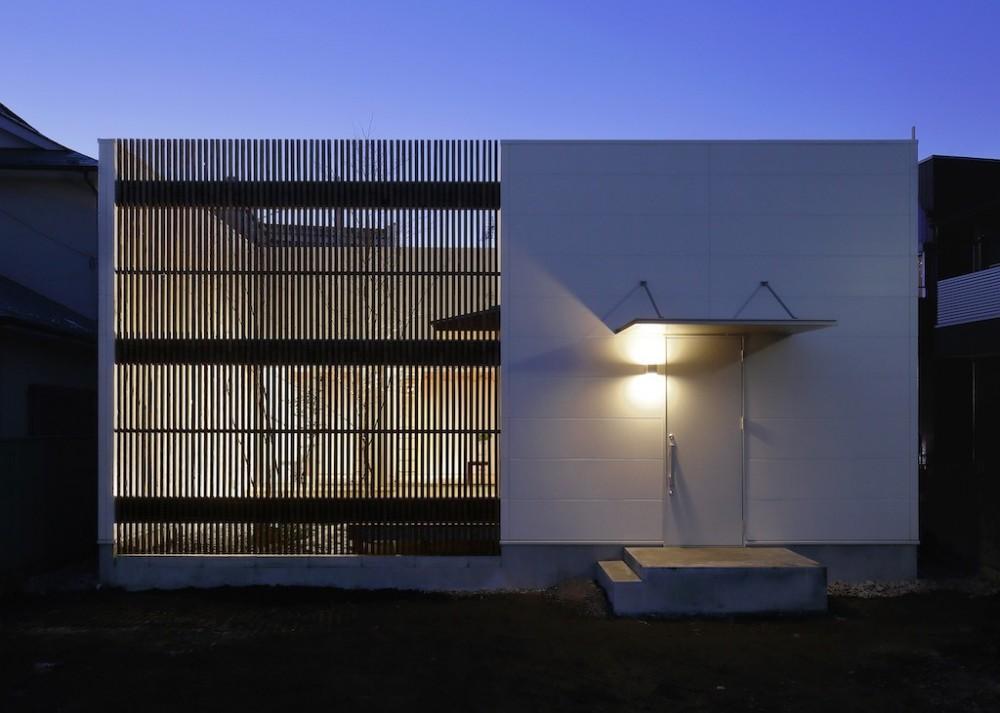 ポーラスターデザイン一級建築士事務所「sadaltager/方位性を失うことのできるコートハウスの作り方を考える。」