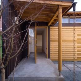 遠藤の家~中庭から穏やかな光が差し込む家~