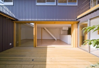 遠藤の家 中庭2 (遠藤の家~中庭から穏やかな光が差し込む家~)