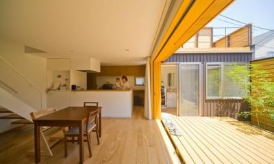遠藤の家 日々の風景1|遠藤の家~中庭から穏やかな光が差し込む家~