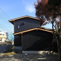 小谷の家~街並みに庭を寄与する家~