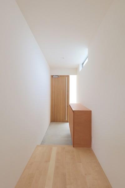 玄関01 (House in Nakasuji~剣道場のある家~)