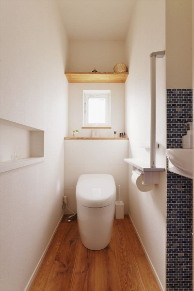 トイレ (M邸_余白がつくり出す、ゆとりの空間)