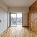 広々な土間収納、広々なリビング。天然無垢材をふんだんに使用した、思いの詰まったステキな空間。の写真 洋室①