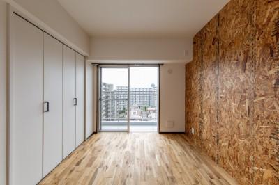 洋室① (広々な土間収納、広々なリビング。天然無垢材をふんだんに使用した、思いの詰まったステキな空間。)