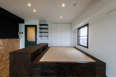 小上がり【和スペース】 (広々な土間収納、広々なリビング。天然無垢材をふんだんに使用した、思いの詰まったステキな空間。)