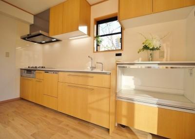 TOTO クラッソ の キッチン (家族みんなで選んだ、間取り変更リフォーム)