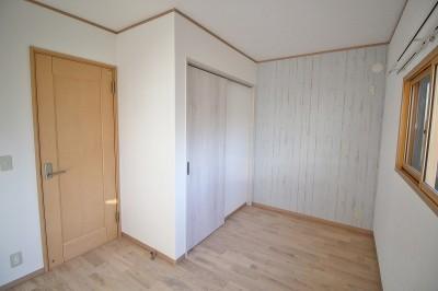 ウォークインクローゼットのある子供部屋 (家族みんなで選んだ、間取り変更リフォーム)