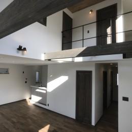 賃貸・二世帯、様々なシーンに対応する3階建ての家