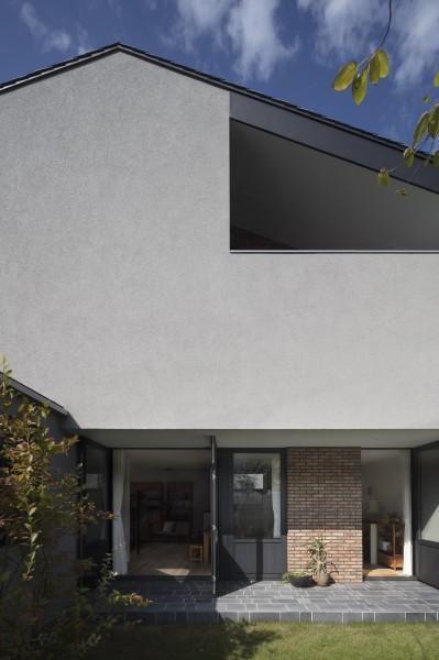 外観 (Primitive house)