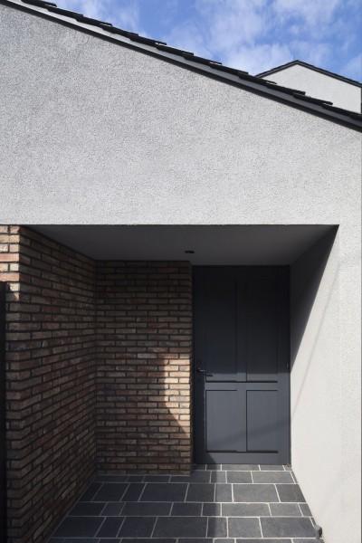 玄関 (Primitive house)