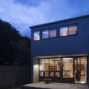 Primitive houseの写真 夜景