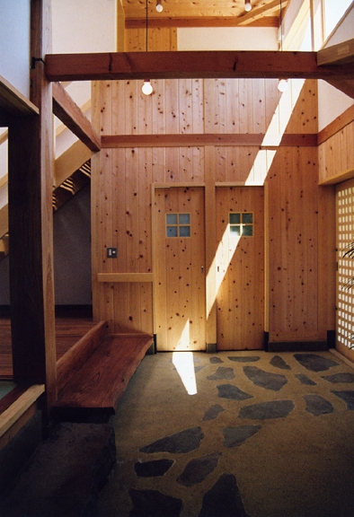 建築家:新井敏洋「里山の民家-古材再生」