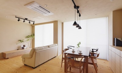 横浜市S様邸 ~みんながいる、心地良さ。~ (明るいリビング空間)