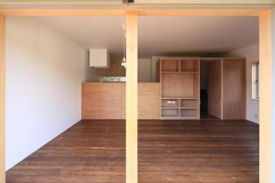 片瀬の家 親世帯LDK・1 (片瀬の家~雛壇敷地に建つ、桜を望める二世帯住宅~)