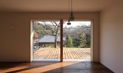 片瀬の家~雛壇敷地に建つ、桜を望める二世帯住宅~ (片瀬の家 親世帯LDK・2)