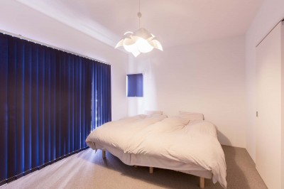 ベッドルーム (ACE~ビルのワンフロアを広々と使い、団らんの時、趣味の時を堪能する住まい~)