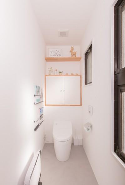 トイレ (ACE~ビルのワンフロアを広々と使い、団らんの時、趣味の時を堪能する住まい~)