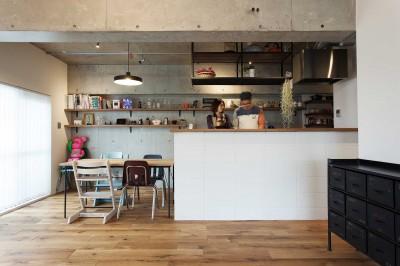 キッチン (What's UP?~ラフに気軽に日々を楽しむ、家具とロックの似合う住まい~)