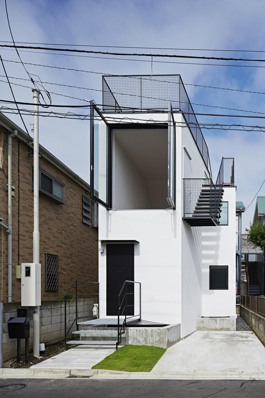 屋上の家 (外観)