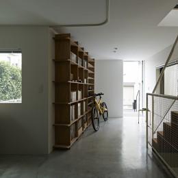 屋上の家 (エントランス / アトリエ)