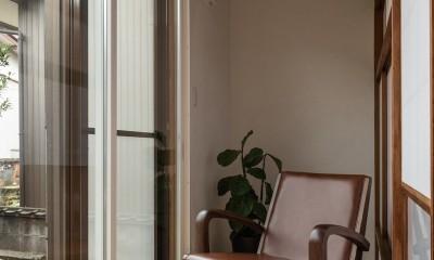 ゆとりある時間を過ごす縁側|築48年戸建リノベ|既存を活かした金沢の住まい
