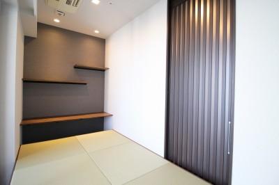 書斎を兼ねた和室 (洋室を分割して、書斎を兼ねた和室を造る)