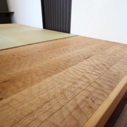 洋室を分割して、書斎を兼ねた和室を造る