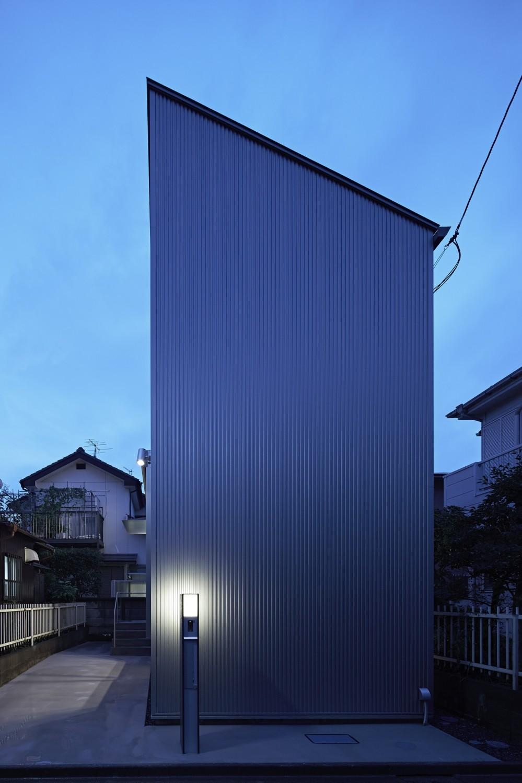 長窓の家 (外観)