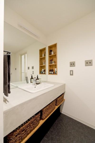 洗面 (自然体でつくるかっこいい家)