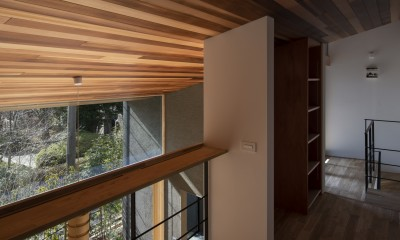 桜守の家 (2階廊下)