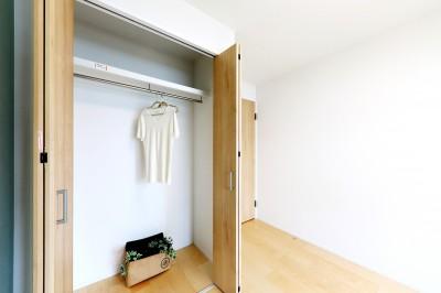 001「木の暖かみにあふれた優しい家」洋室02 (中古マンション・フルリノベーション_001「木の暖かみにあふれた優しい家」)
