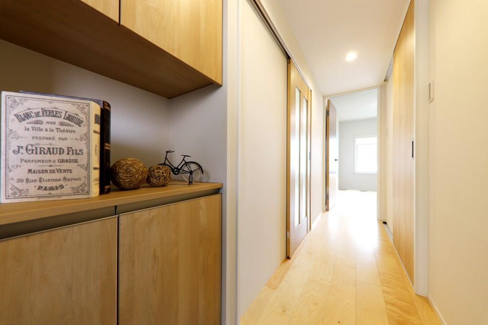 中古マンション・フルリノベーション_001「木の暖かみにあふれた優しい家」 (001「木の暖かみにあふれた優しい家」玄関)
