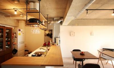 つながりのある家 (ダイニングキッチン)