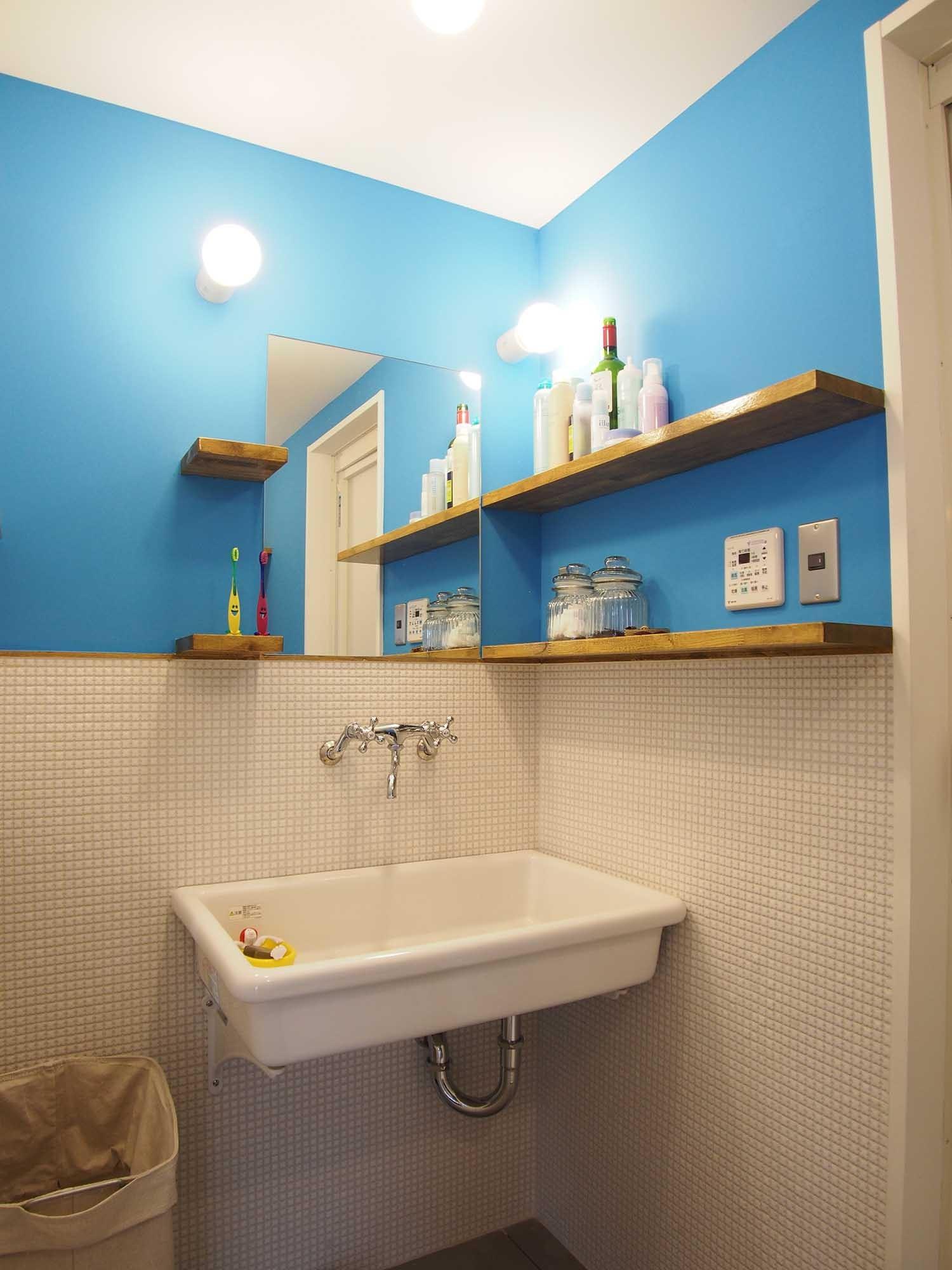 バス/トイレ事例:洗面(キニナルキ~絶対広いルーフバルコニー!玄関開けたらクローゼット、海外ドラマのようなお部屋に~)